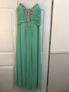 Decode 1.8 Sweetheart Evening Gown Prom Dress 182270 Size 10