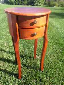 Gorgeous little Maple side table
