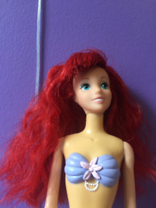 ARIEL. The Little Mermaid Doll. DISNEY. Comes with necklace