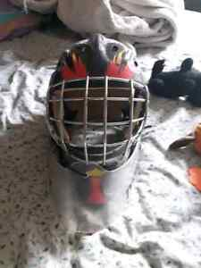 Goal tender mask and neck protector Kitchener / Waterloo Kitchener Area image 2