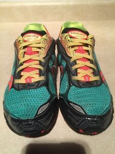 Women's Saucony Ride 6 Gore-Tex Running Shoes Size 9 London Ontario image 4