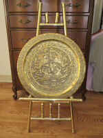 """Antique Middle East HAMMERED BRASS ORNATE 23"""" TRAY & Stand"""