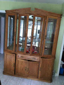 2-Piece Oak Dinining Room Cabinet