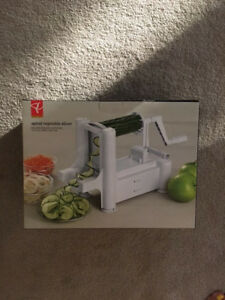 PC Spiralizer/ Zoodler