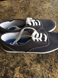 Sneakers ( keds ) brand new