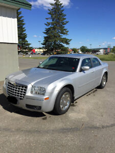 2005 Chrysler 300 Limited 3.5L Auto. newly Inspected/Licensed