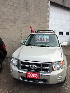 2008 Ford Escape 4x4 Limited // LIKE NEW
