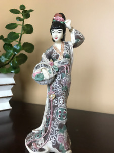 Lovely Asian Table-top Statue