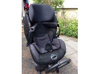 Rear/ Front facing izi Be Safe car seat