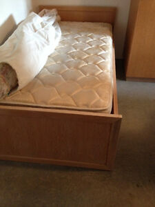 Solid Oak Single Bed