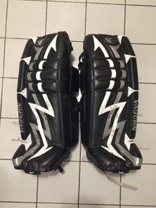Vaughan Velocity 3 31+1 Goalie Pads
