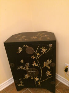 New Beautiful Dresser  2 Door Accent   with  top 1 Drawer
