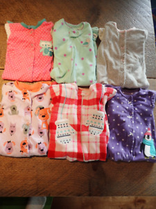 GUC footie pjs size 6 to 12 months, lot of 6