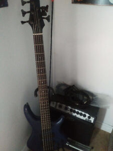 Bass 5 cordes SDGR by Ibanez avec ampli ypvr 15 peavy