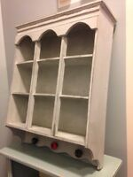Lovely 'old/distressed' style hanging display case