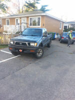 1997 Toyota Tacoma Camionnette