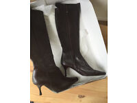 Jones Tinny brown leather boots size 6
