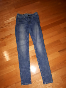 Women's and Girls Pants