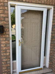WHITE ALUMINIUM STORM DOOR: FULL GLASS