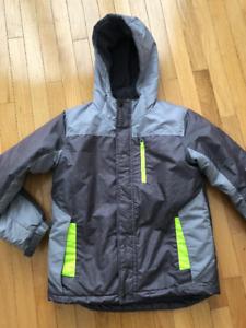 Manteau hiver garçon/ wintercoat boy(size M/M 10-12)