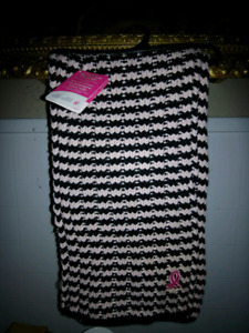 Brand new breastcancer scarf
