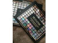 Highly pigmented palettes