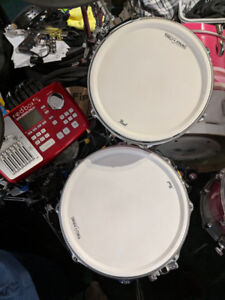 Pearl tru-trac pads, shells, hardware and cymbal pads