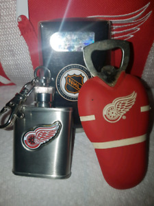 Detroit Red Wings mini Flask and Bottle opener