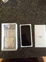 iPhone 5S Rogers accessories included!!
