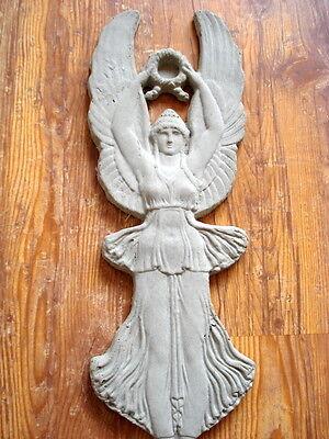 """Stucco Fassadenstuck - Relief 101-273B """" Viktoria """"- aus Beton für Aussenfassade"""