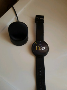 Moto 360 (Smartwatch for Android & iPhone)