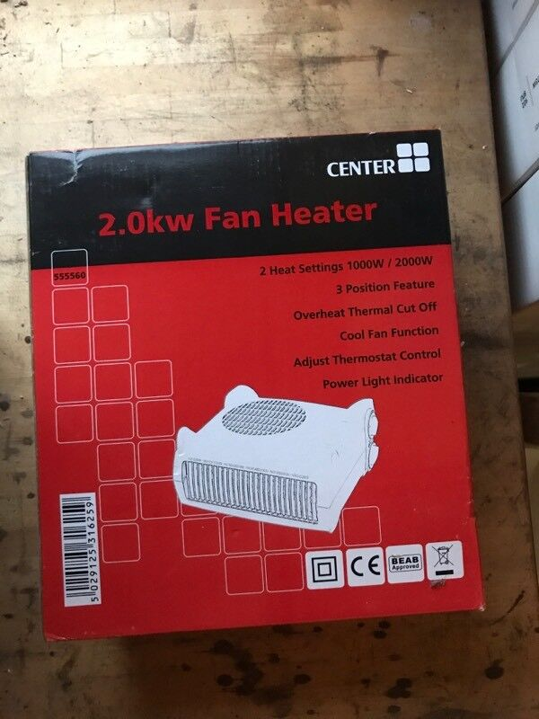 Electric fan heater. 2 heat setting with thermostat.