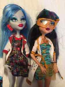 Monster High Science 2 PACK CLEO a& GHOULIA West Island Greater Montréal image 2