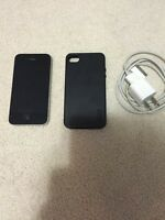 iPhone 4 8GB with ROGERS for SALE (MINT)