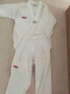 Taekwondo/Karate Uniform
