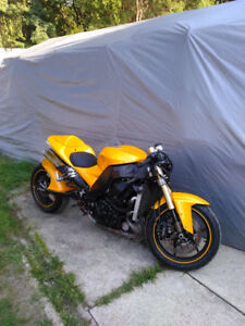 KAWASAKI ZX10R ZX10  FRAME WITH CLEAN AND CLEAR TITLE FOR SALE