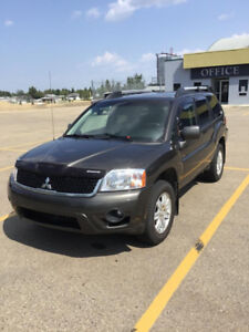 2011 Mitsubishi Endeavor SE SUV, **REDUCED