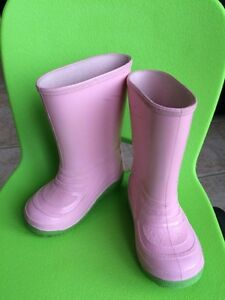 Pink toddler rain boots / rubber boots