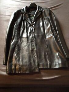 Women's Danier Leather Jacket Size Medium