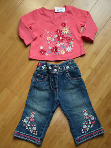 """Girls """"M"""" Outfit - Size 3 Mths London Ontario image 1"""