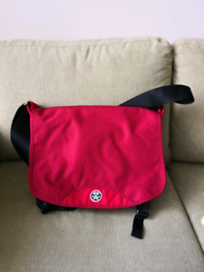 Crumpler Messager Bag