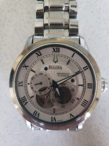 Montre bulova automatique