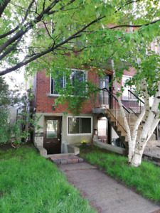 Lachine. Ville St-Pierre area. Upper duplex apartment is for ren