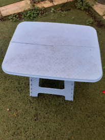 Indoors/outdoors table