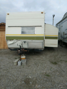 Early 80s camper 34 ft