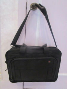 Mallette/Sac de transport pour ordinateur portable VICTORINOX