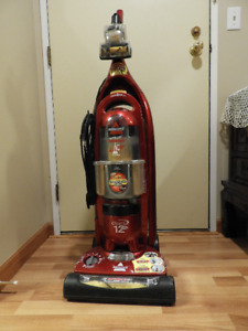 Used Vacuum BISSELL - Lift off with 7 adjustments