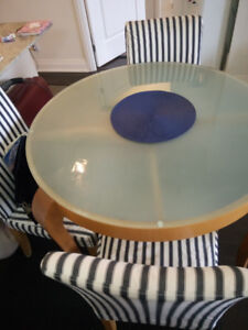 Round Glass Dinning Kitchen Table with 4 upholstered chairs
