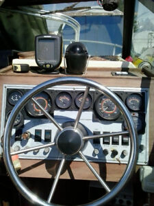 Campion with Mercruiser470 + trailer  quick sell, $6300