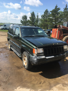 FOR SALE   2 JEEP GRAND CHEROKEE LIMITED